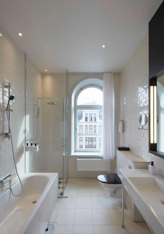 scandic-grand-central-bathroom